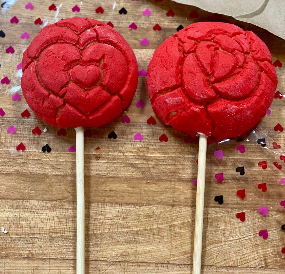 Mini conchas hear and rose shaped