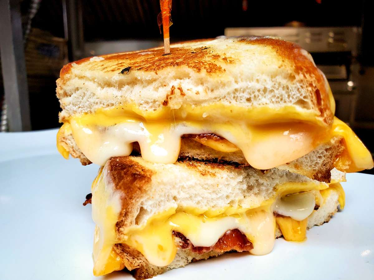 Ultimate Cheese Melt