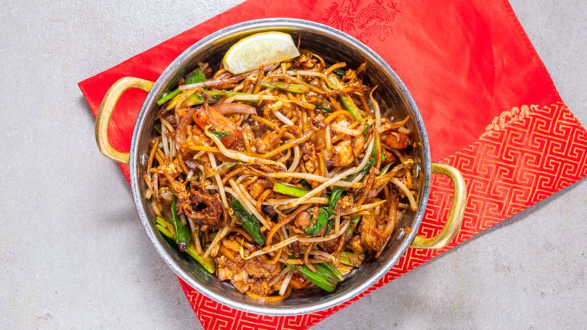 Mee Goreng - Party Tray