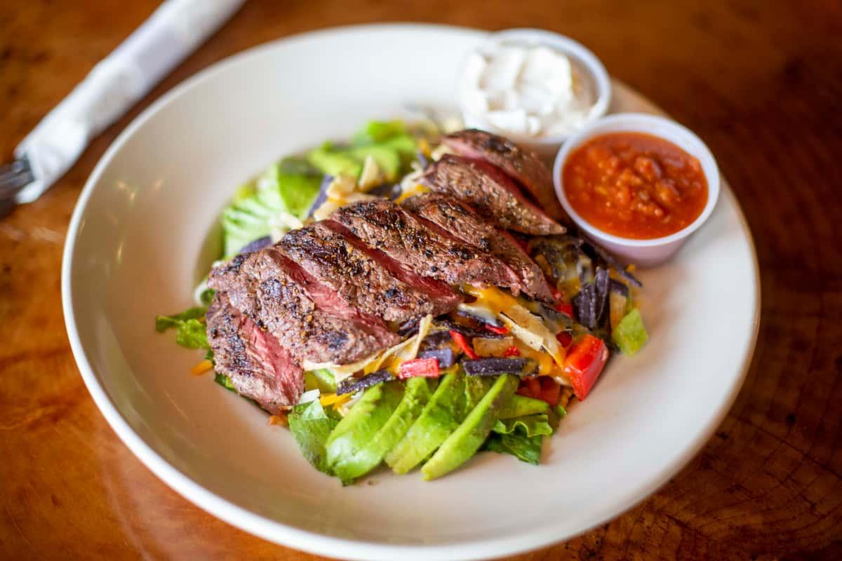 Fajita Steak Salad*