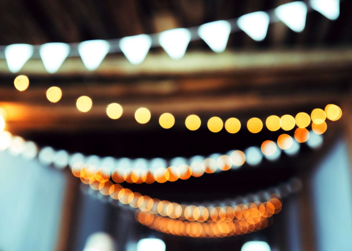 Hanging party lights