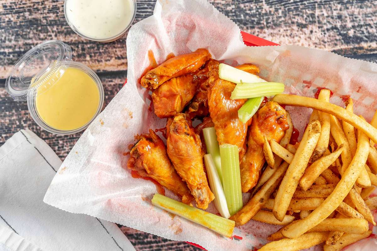 No. 8 - Flavored Wings Combo