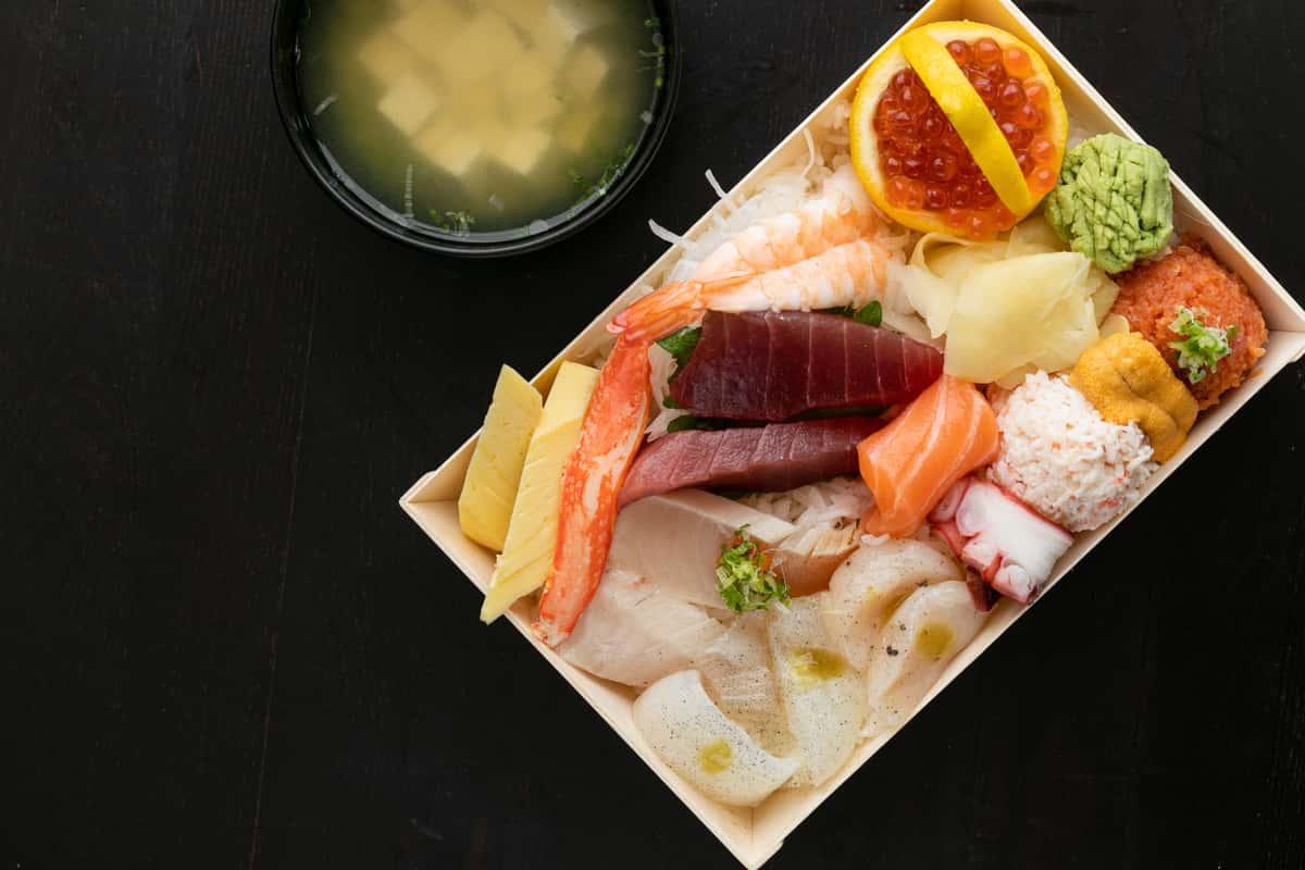 Chirashi Sushi Platter
