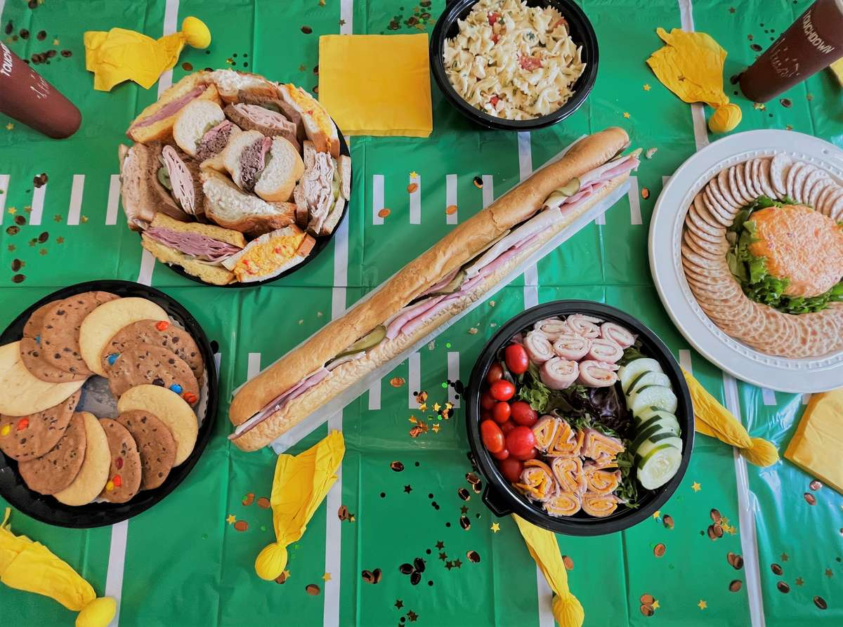 Gameday Tailgate Package - Small (Serves 10)