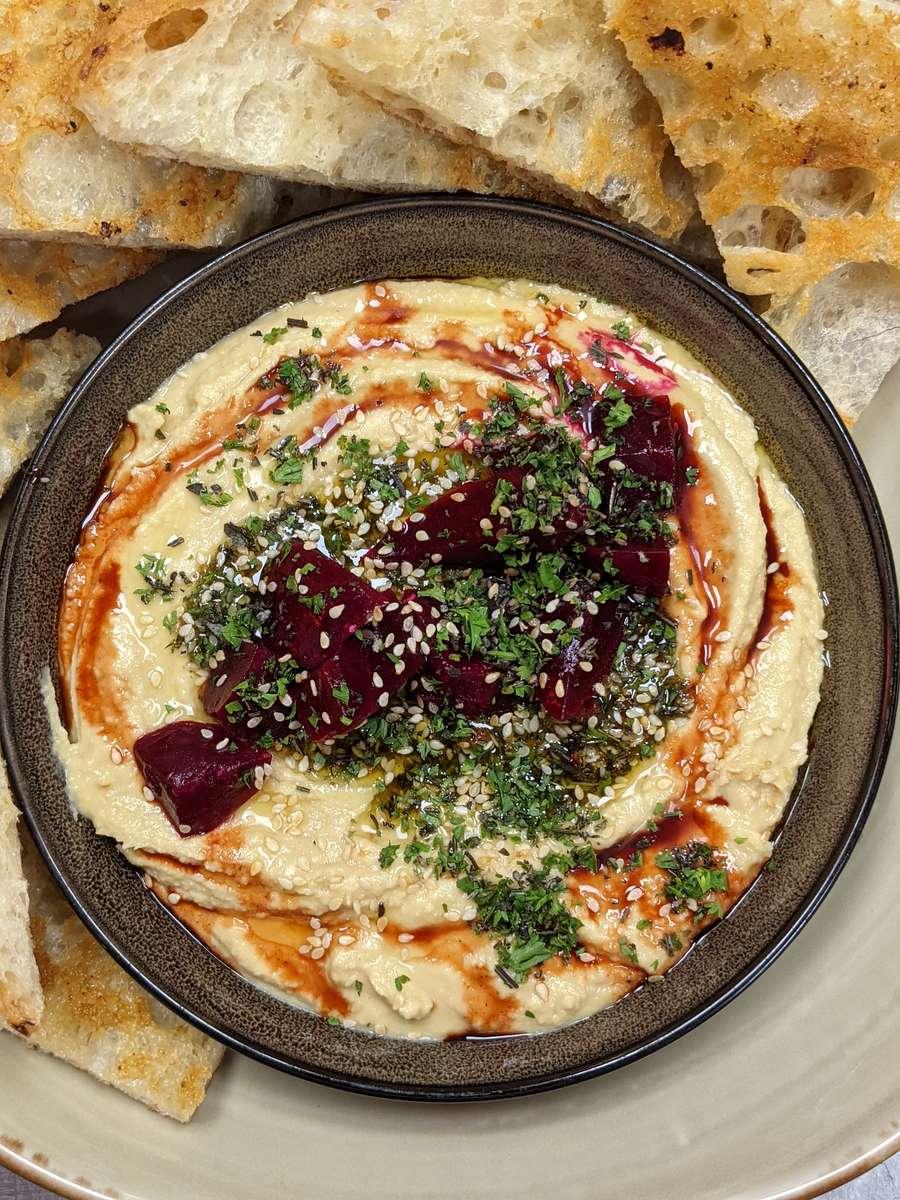 Hummus & Beets