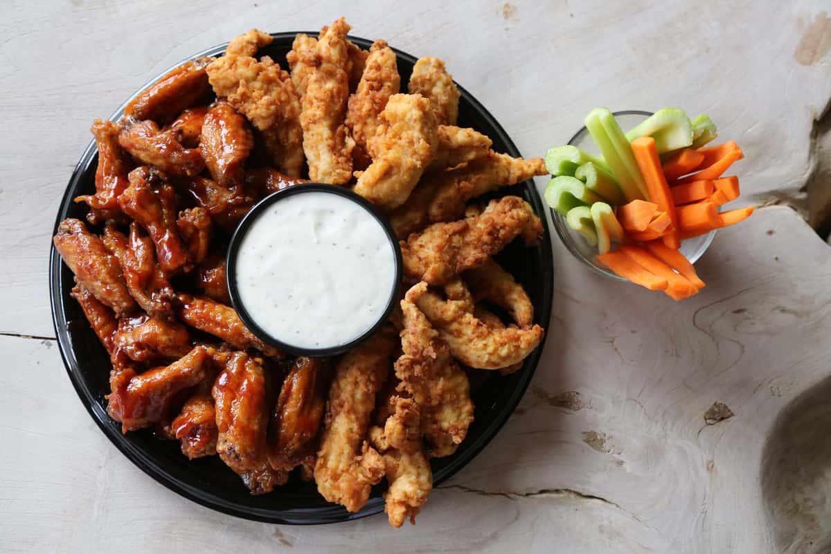 Chicken tenders & Wings party platter