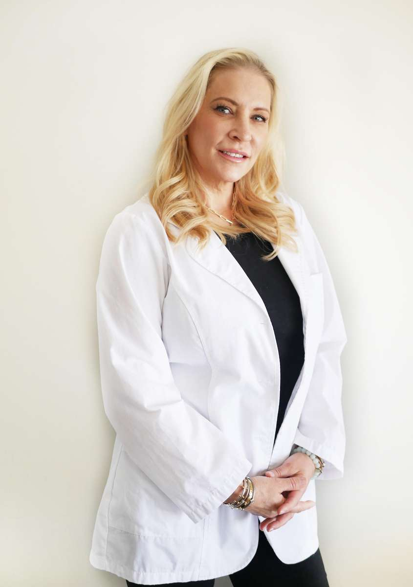 Susan Lynne-Harth, LE
