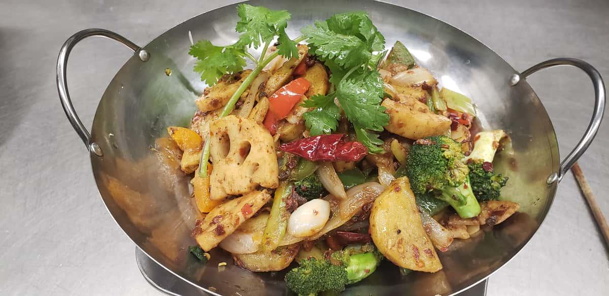 Ma-la dry hot pot 素干锅