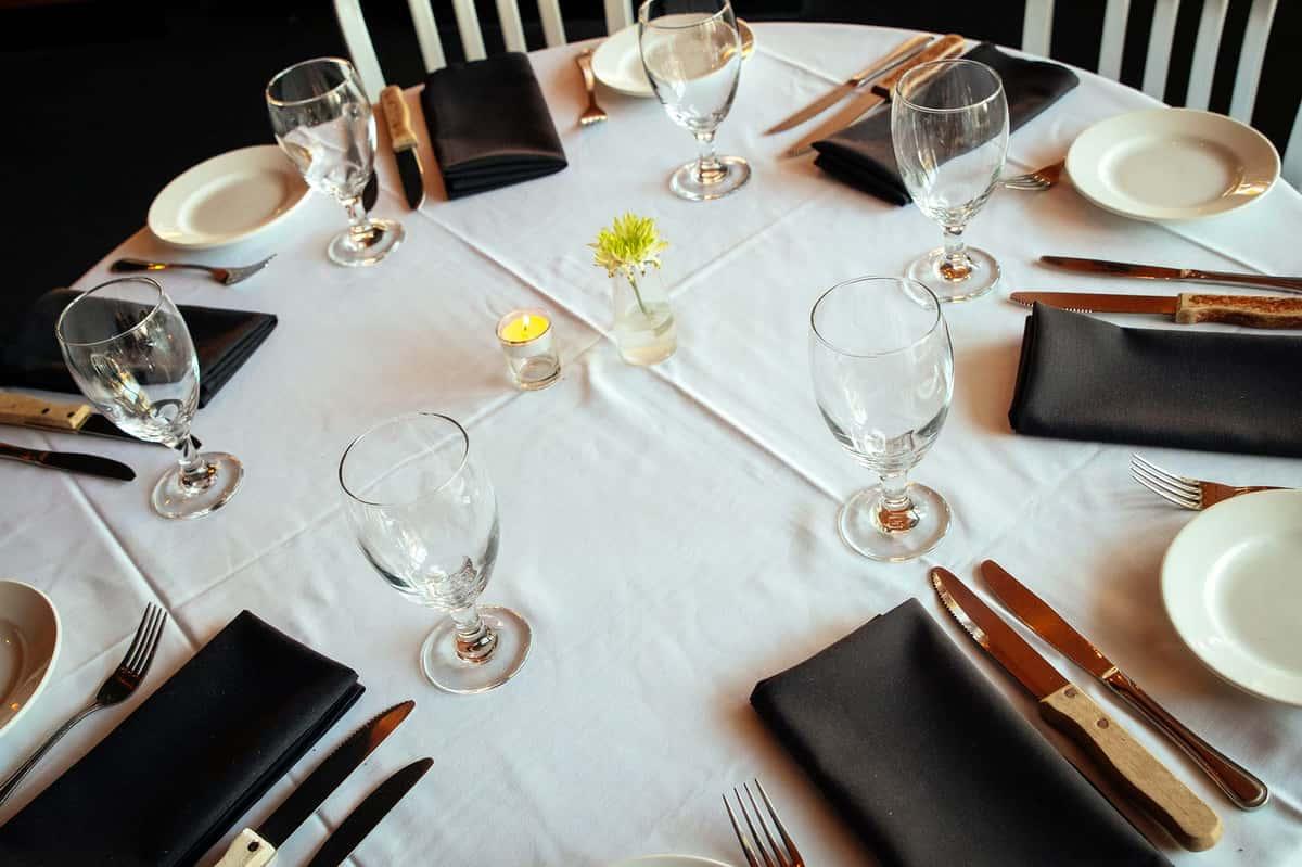 Circa Dining Table