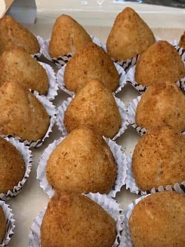"""Chicken Croquette """"Coxinha de Galinha"""" Para Festa (100)"""