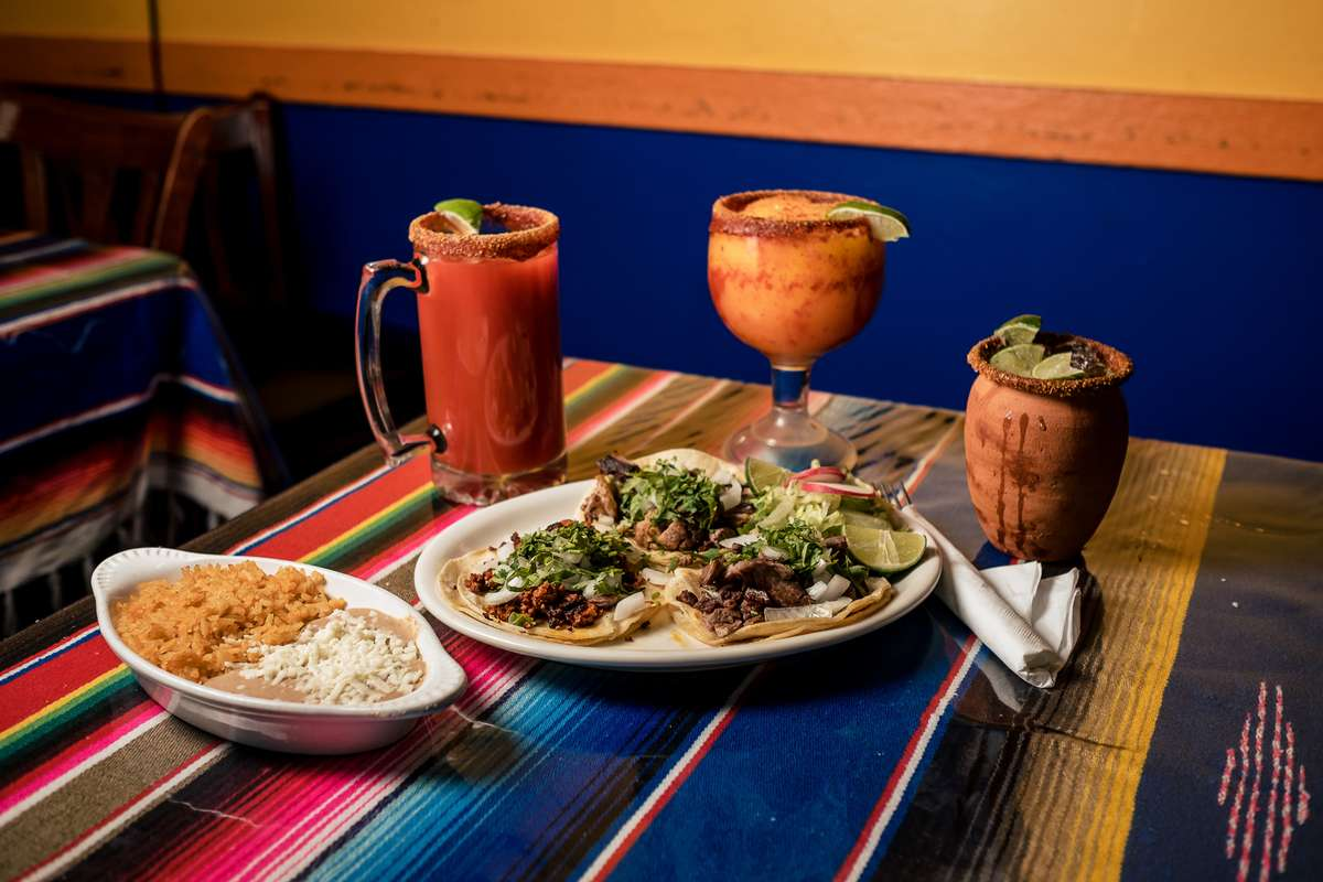 tacos and drinks