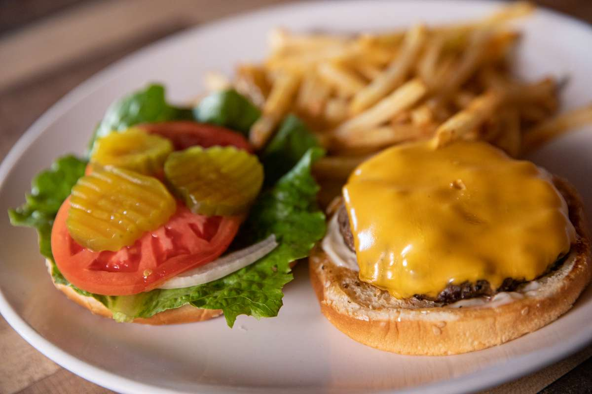 Famous Barnacles Burger