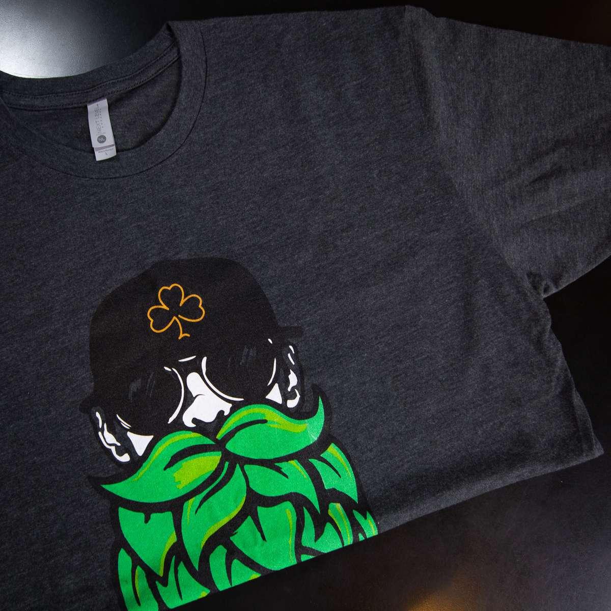 Men's Beards & Beers Basic T-Shirt