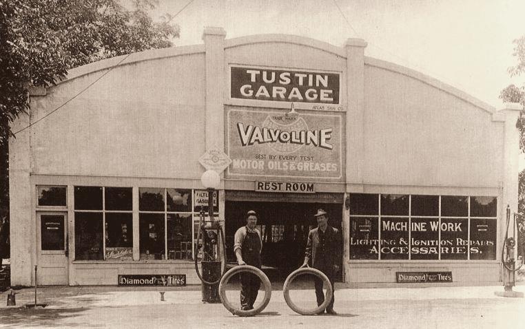 Tustin Garage black and white