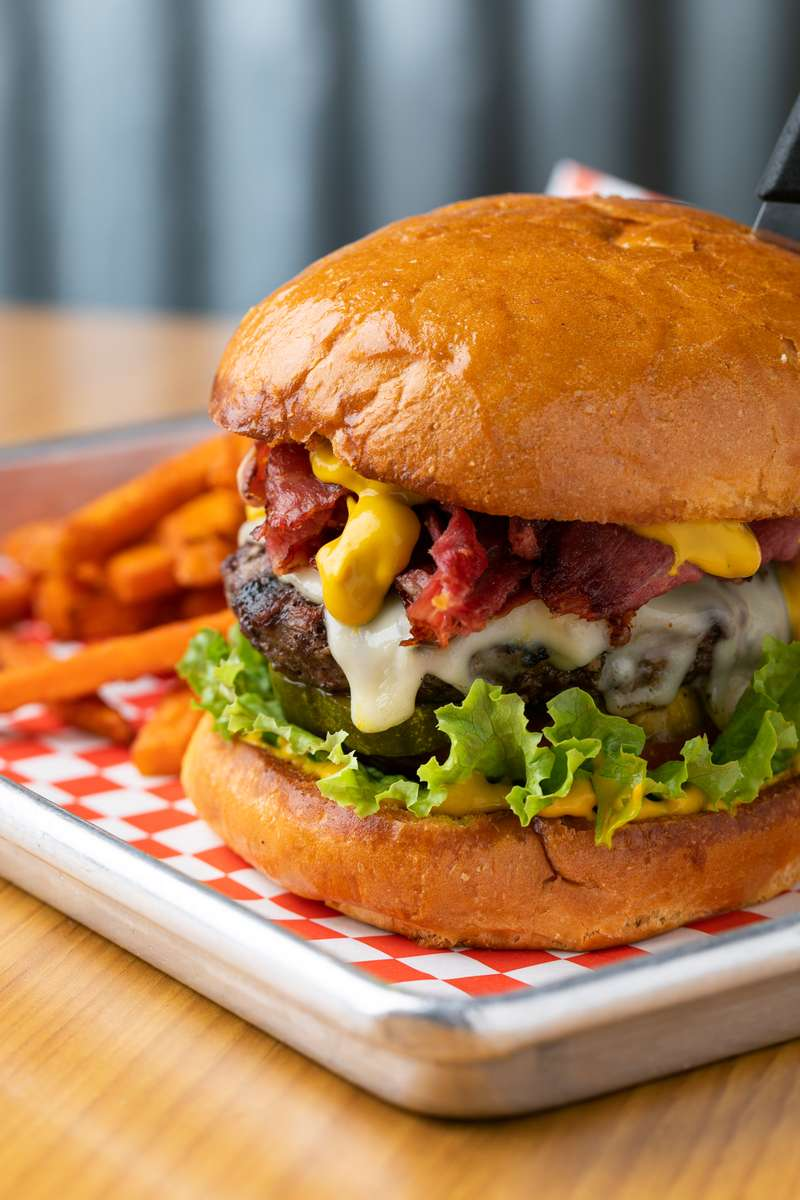 Deli Cow Burger
