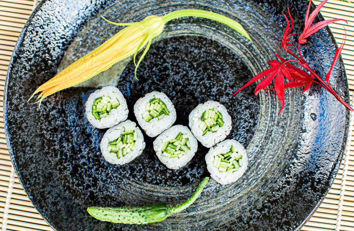 Cucumber Avo Roll
