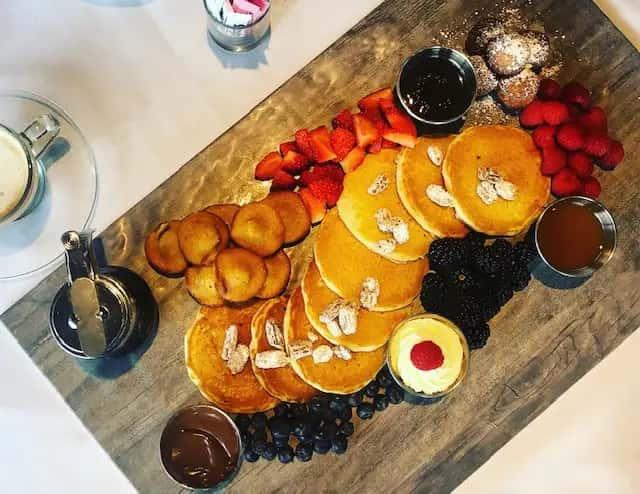Silver Dollar Pancake Board (950 cal.)