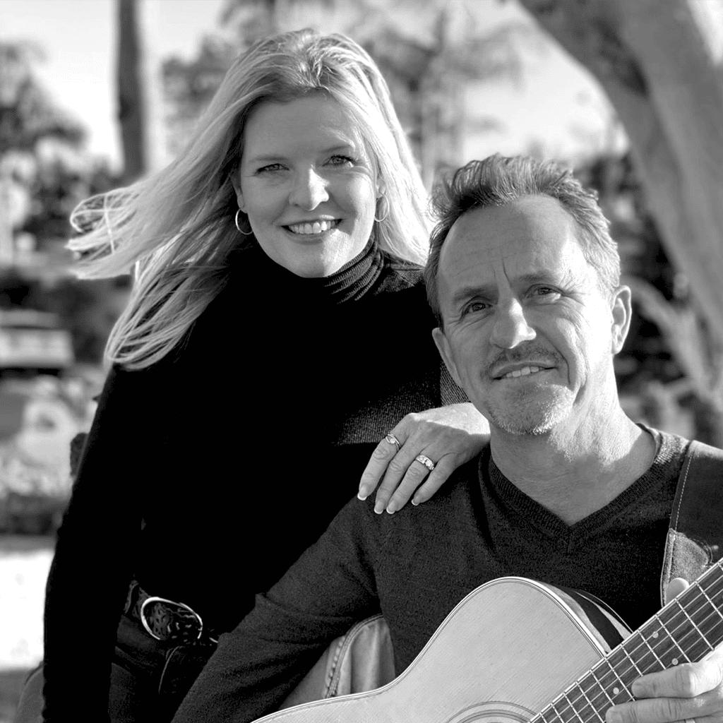 Mick & Lisa Acoustic Duo