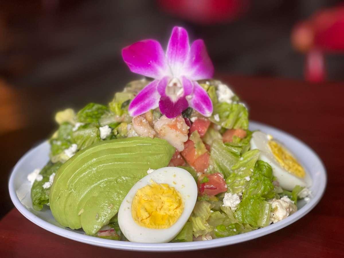 Shipwrecked Shrimp Louie Salad