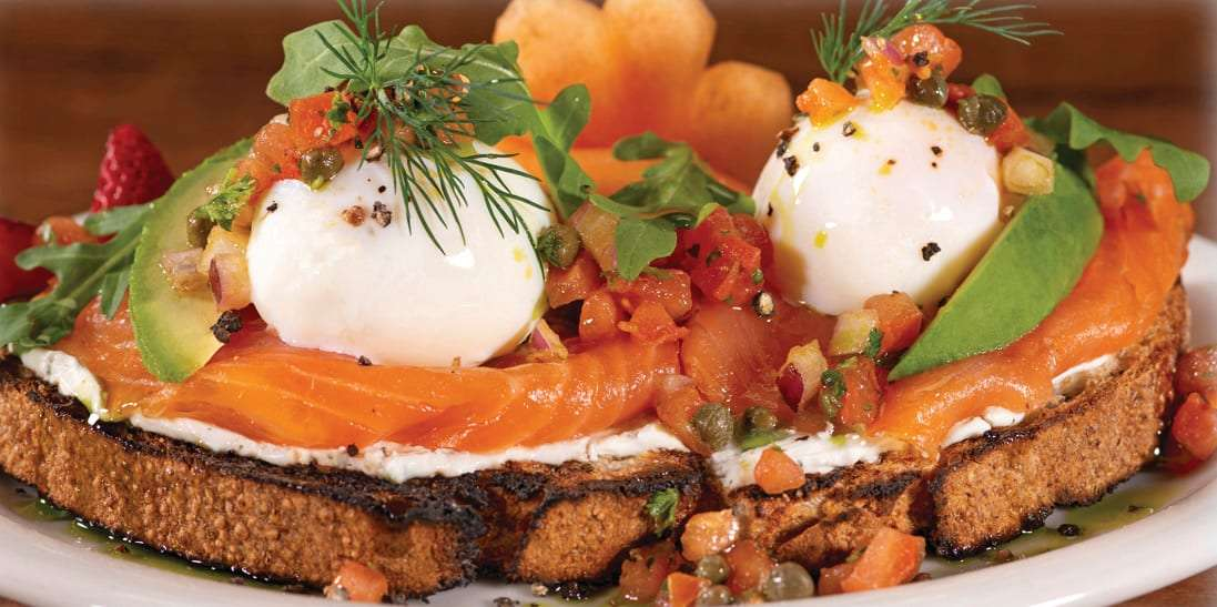 Eggs Salmone
