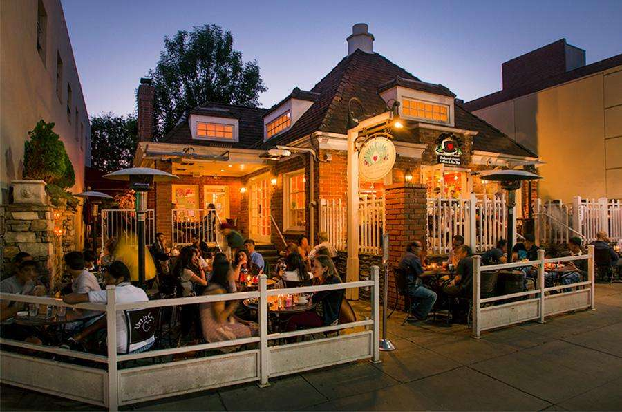 Outside dining at Urth Beverly Hills at twilight