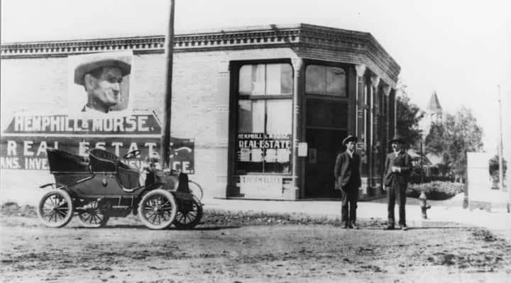 1906 building