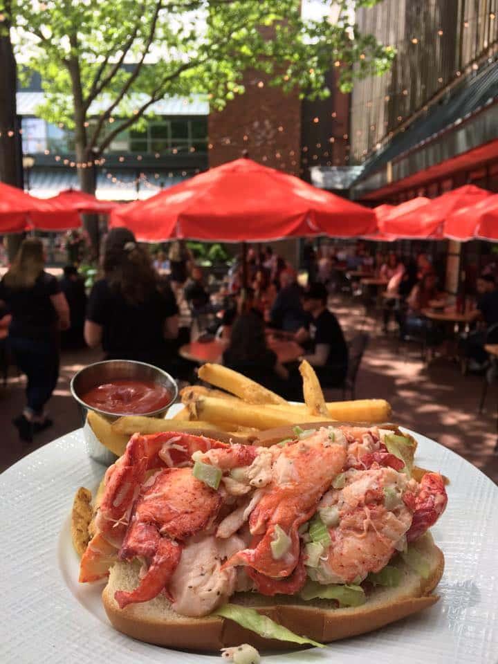 New England Lobstah' Roll