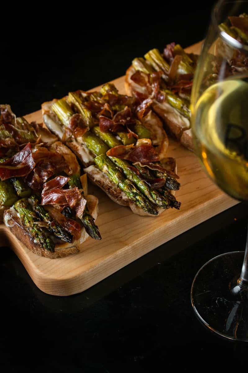 Brie, Grilled Asparagus, Crispy Prosciutto