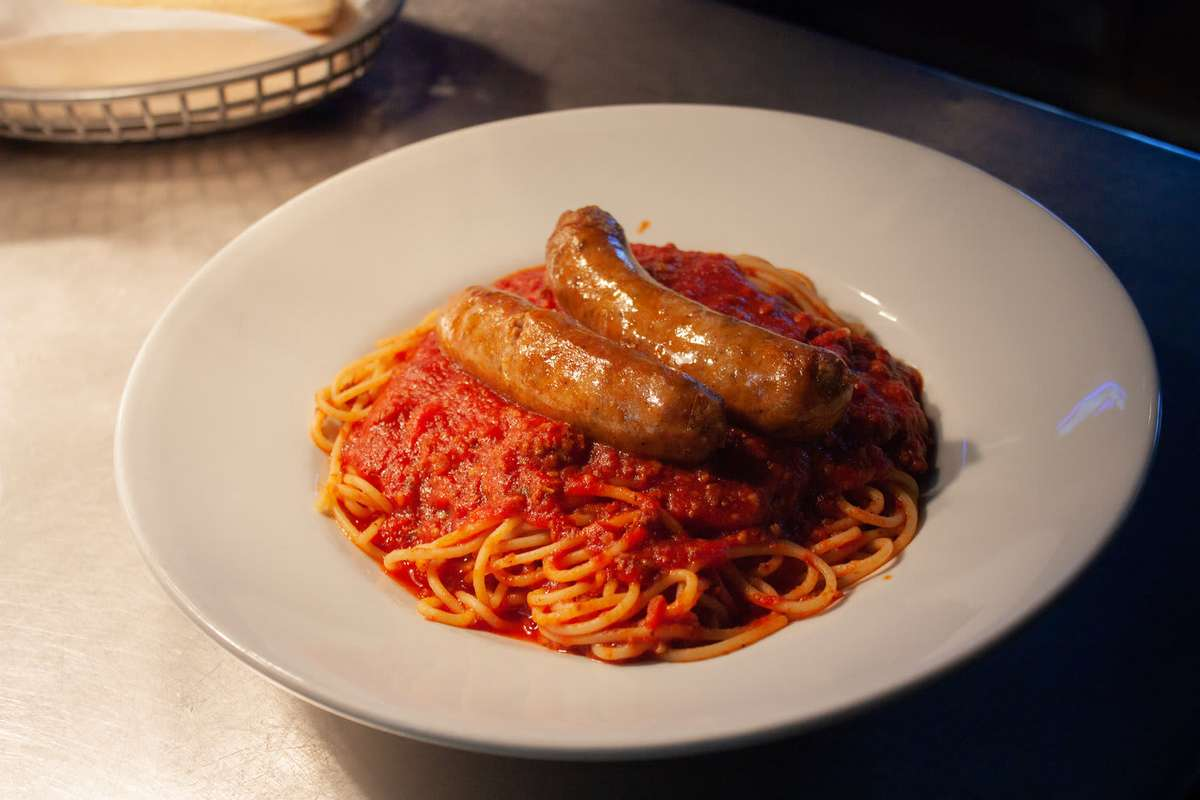 Spaghetti with Sausage Links