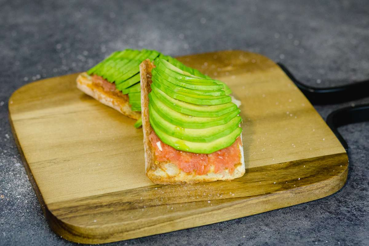 Pan Con Aguacate