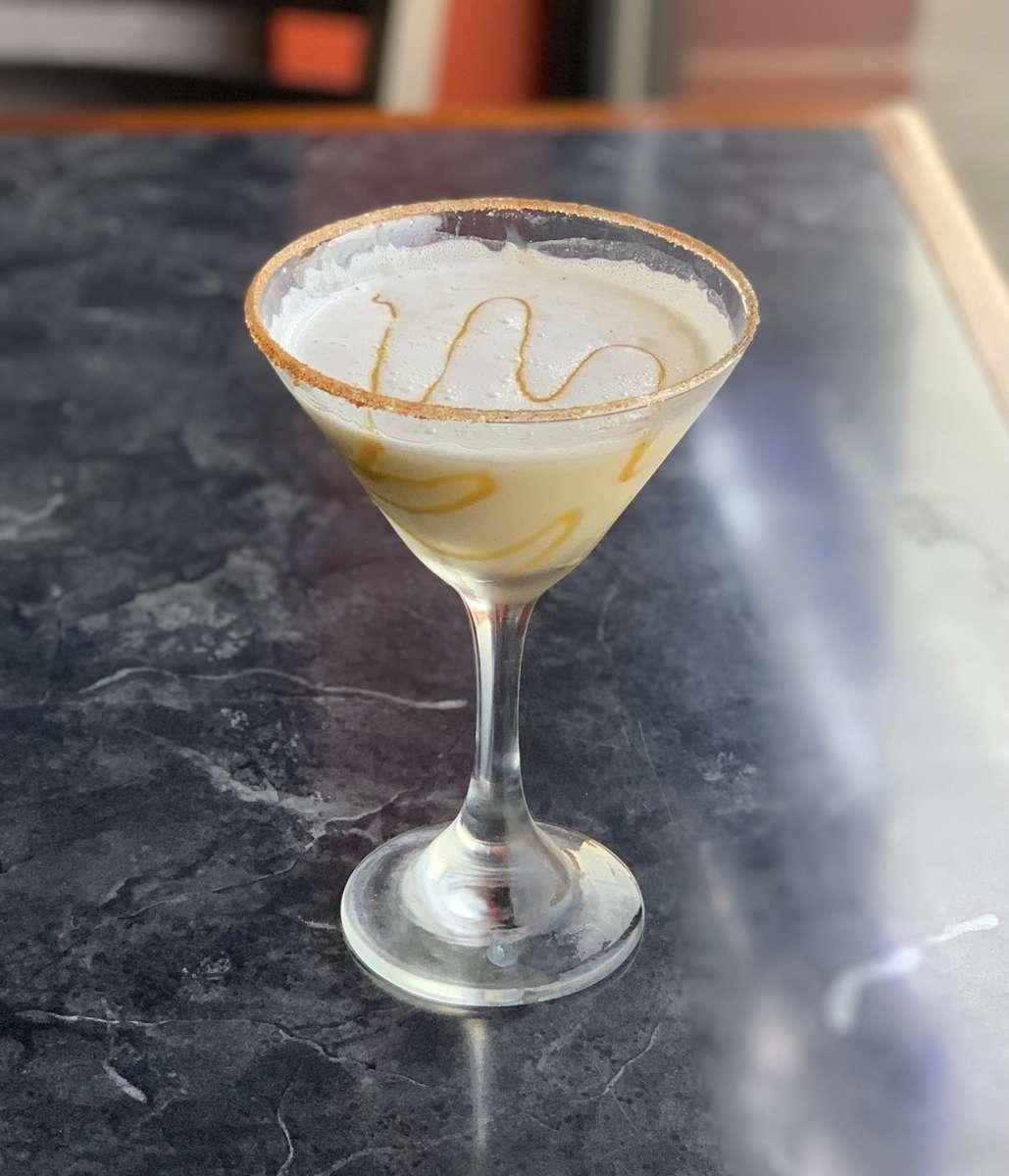 Apple Pie Ala Mode Martini