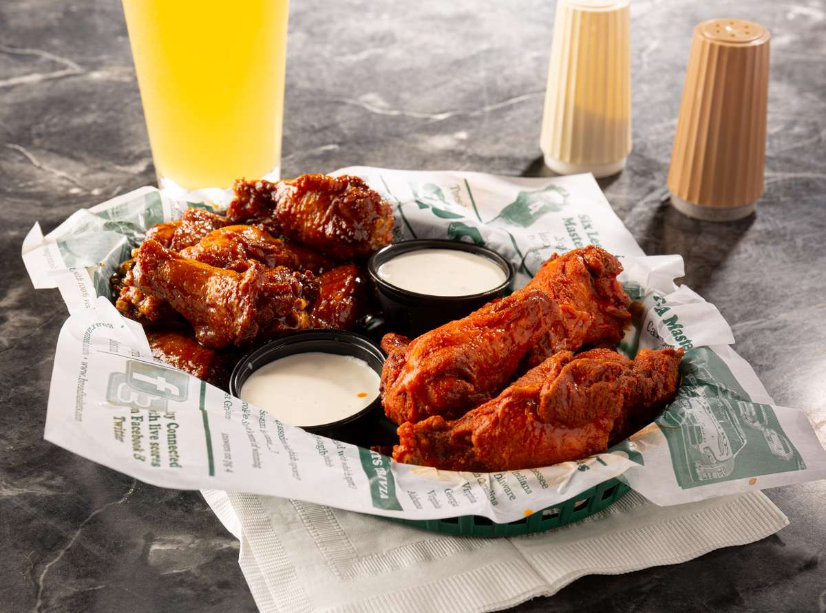 Station Signature Wings