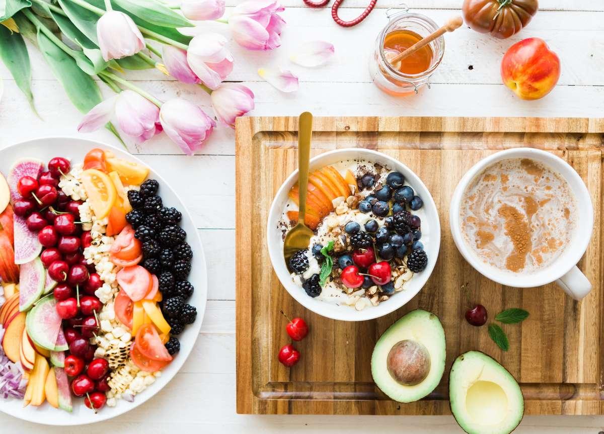 Fruit and oatmeal