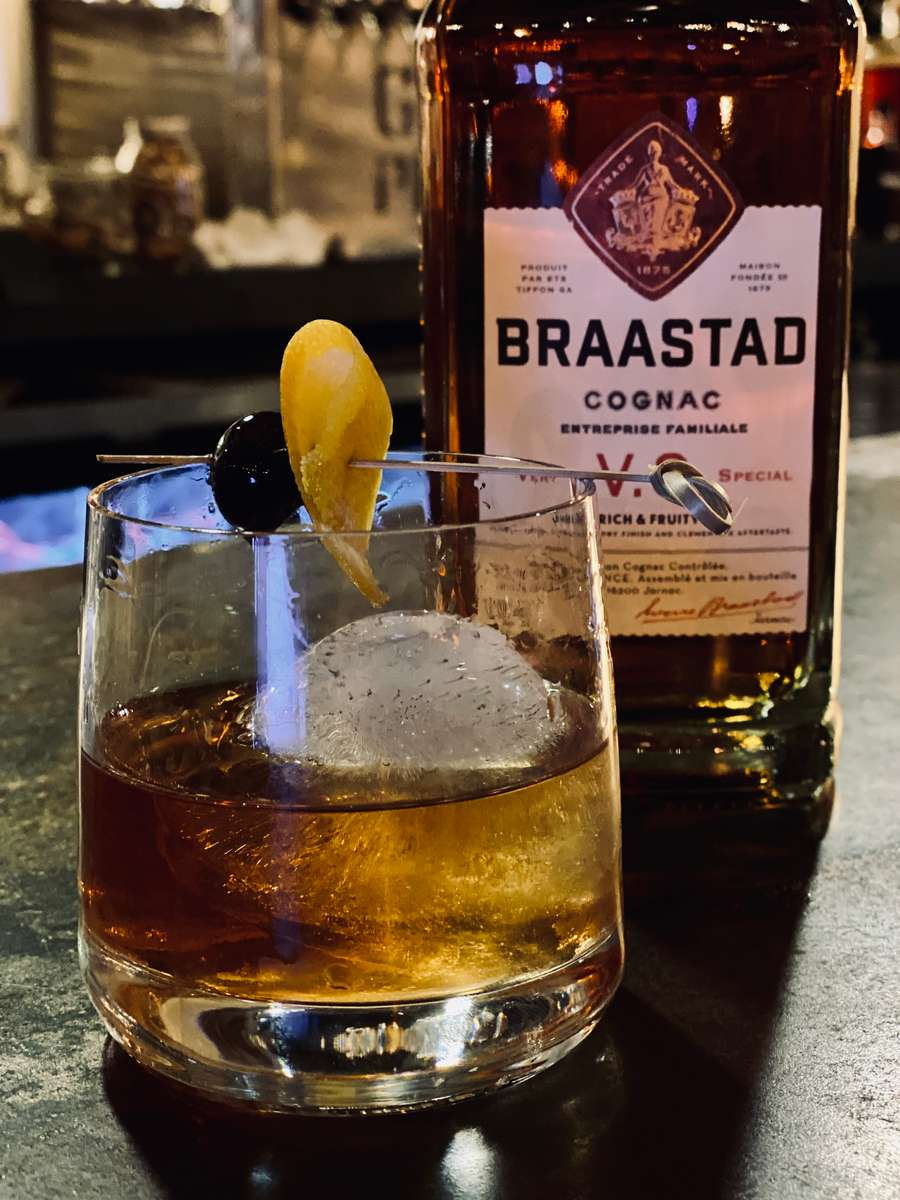 THE GRAND OLD FASHIONED