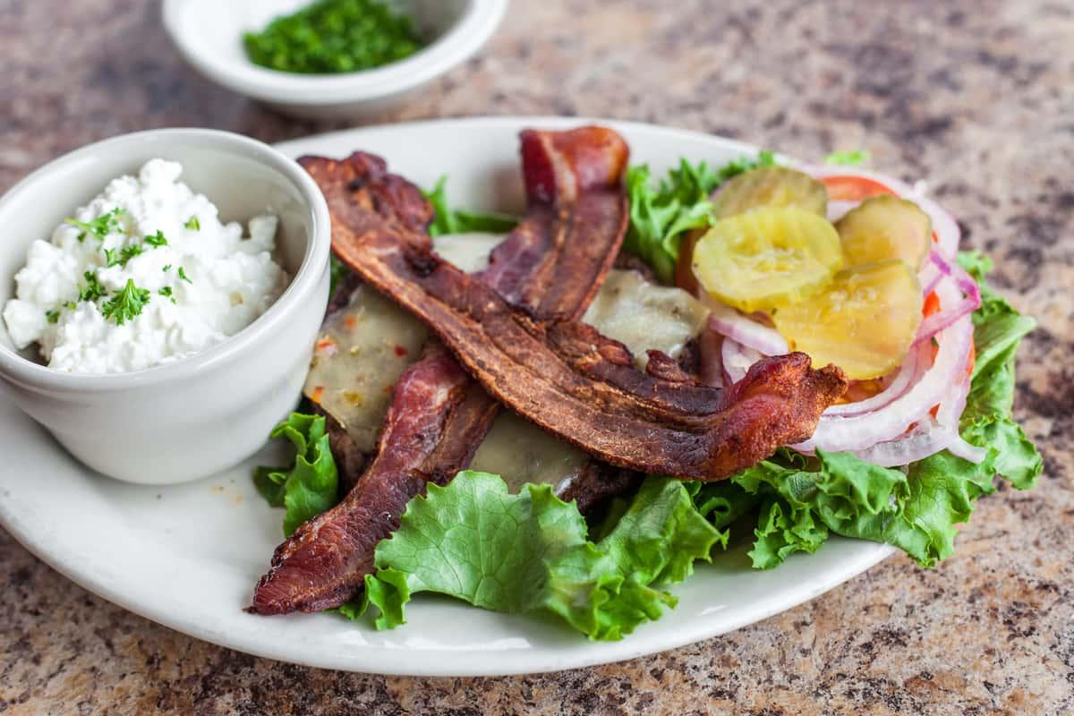 Carb Kickin' Bacon Cheeseburger Plate*