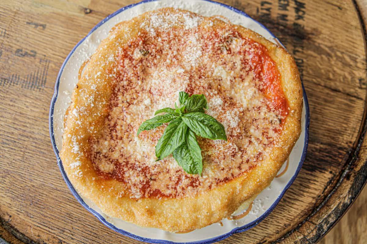 Pizza Fritta Rossa