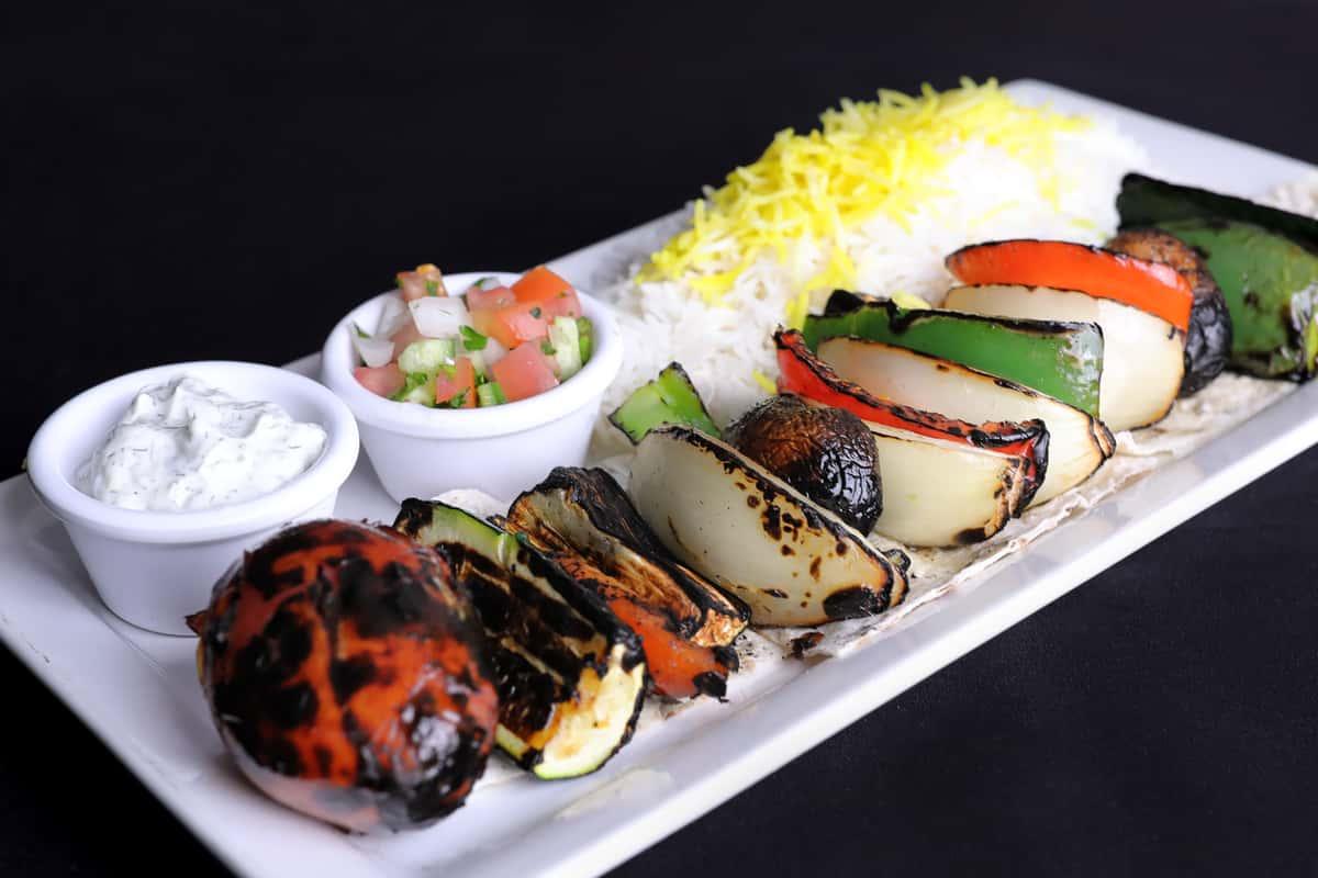Veggie Kabob Plate Ⓥ