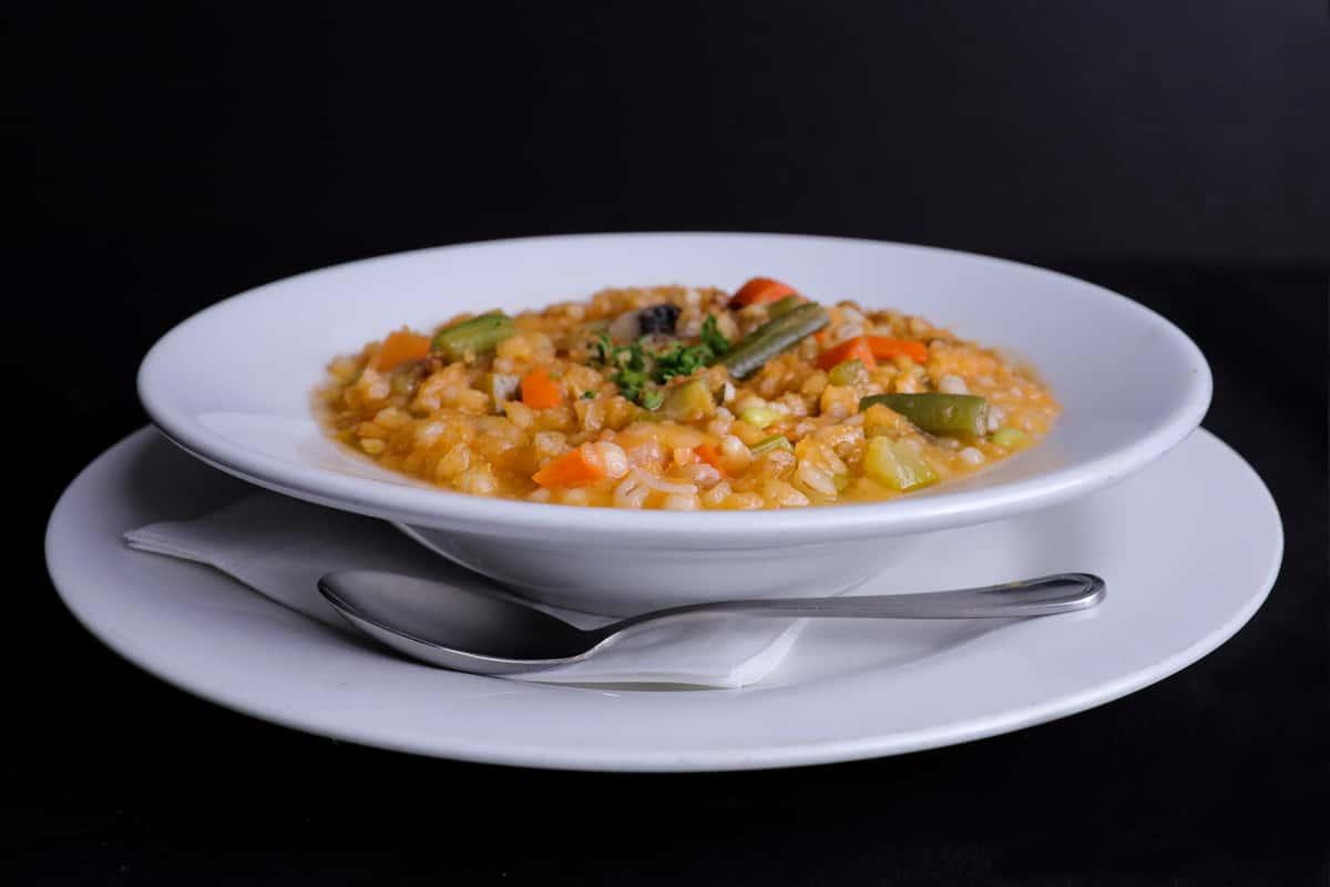Vegetable Barley Soup Ⓥ