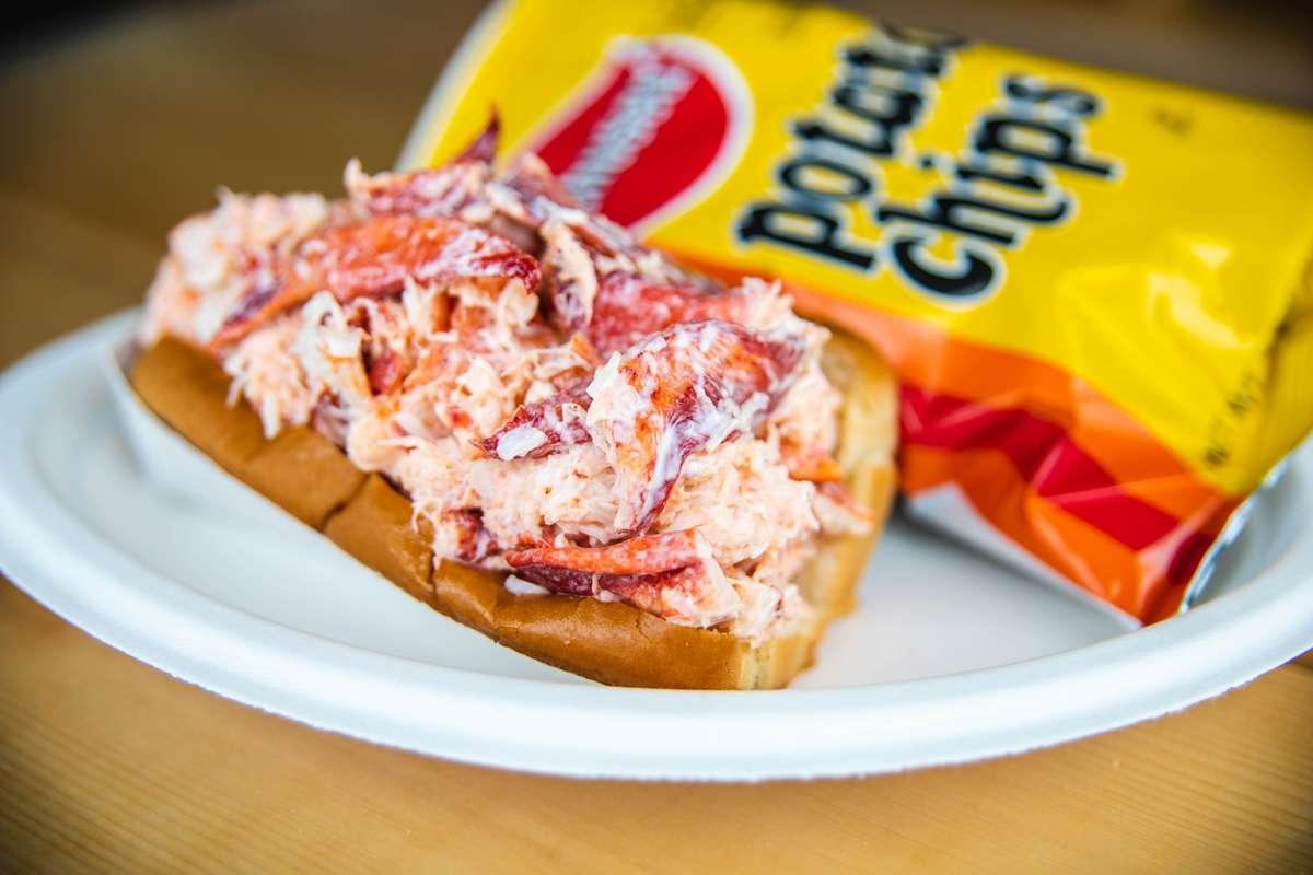 lobster roll and potato chips