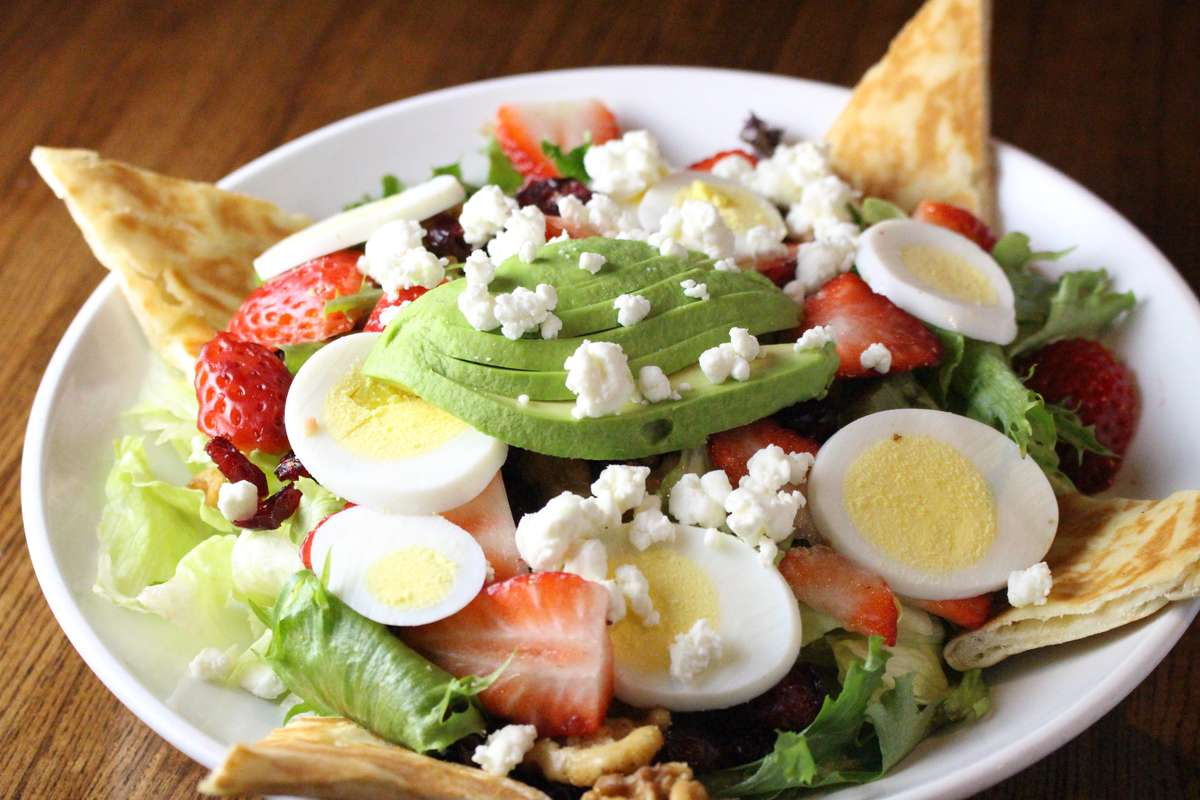 Berry Nut Salad