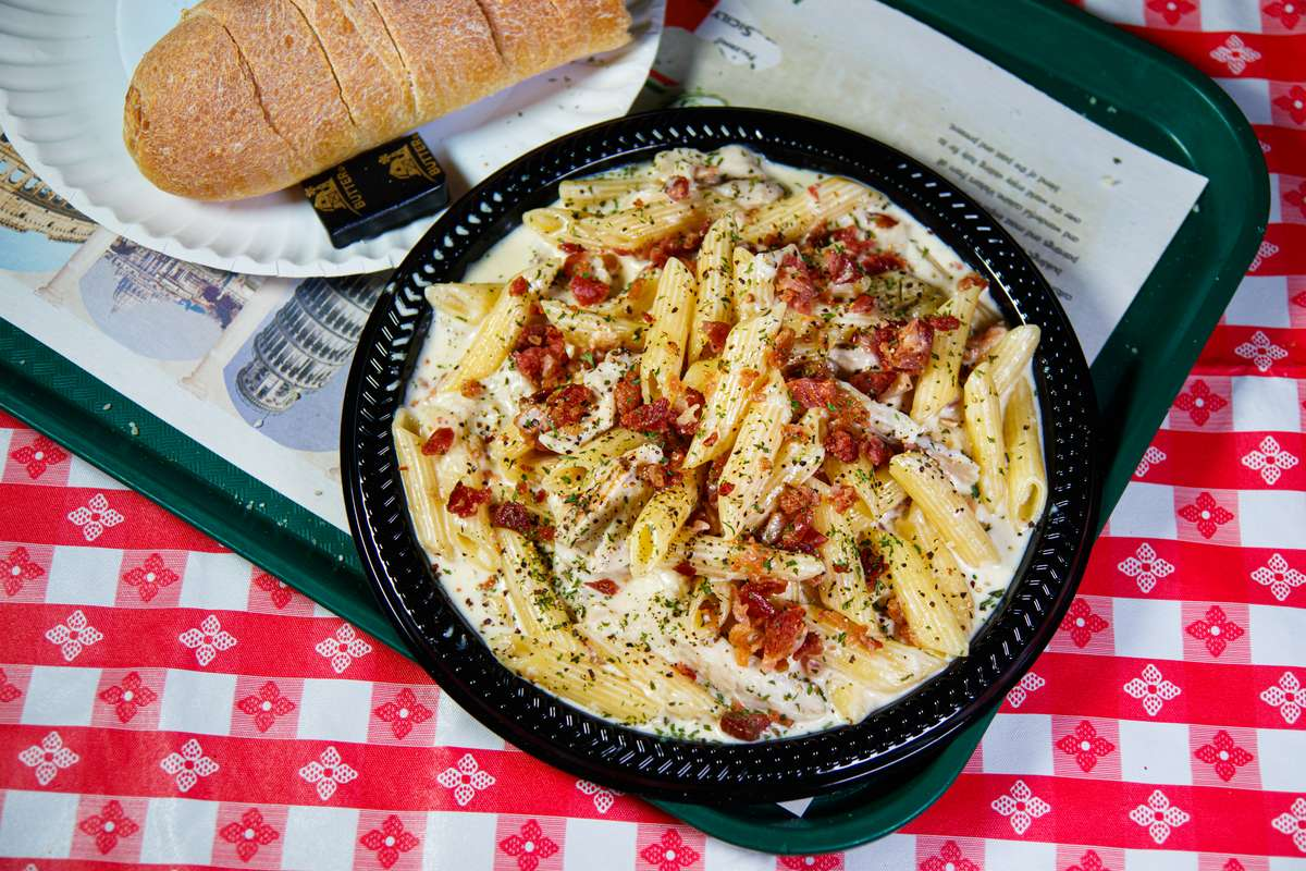 penne chicken with bacon