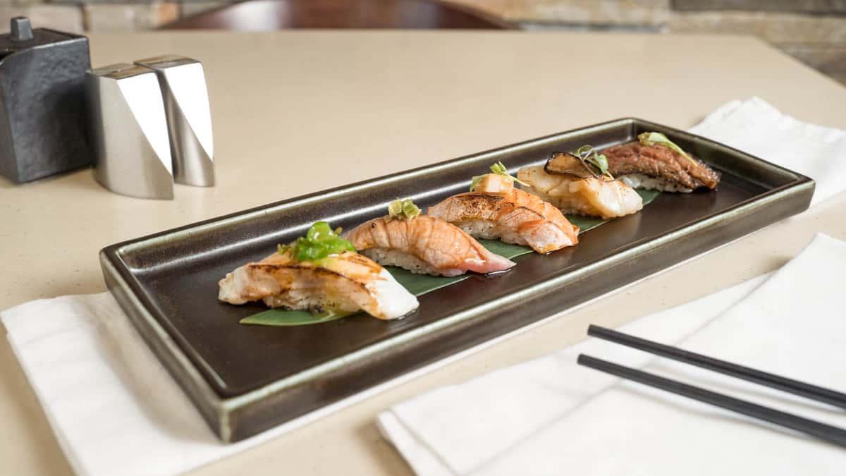 Rattan Aburi Sushi Flight