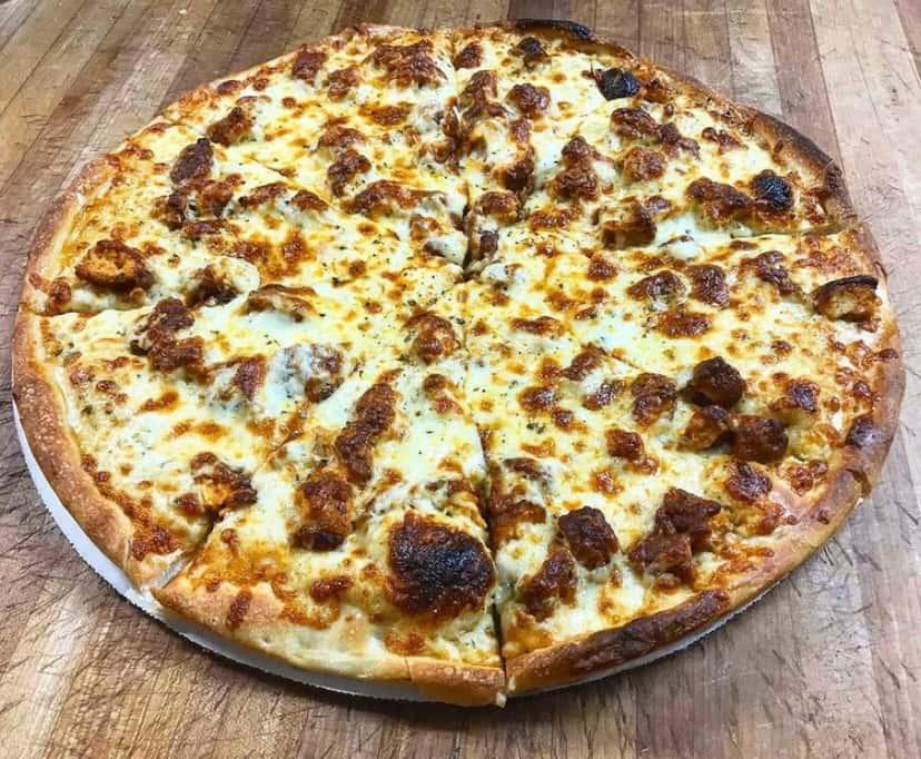 Buffalo Tender Pizza Large