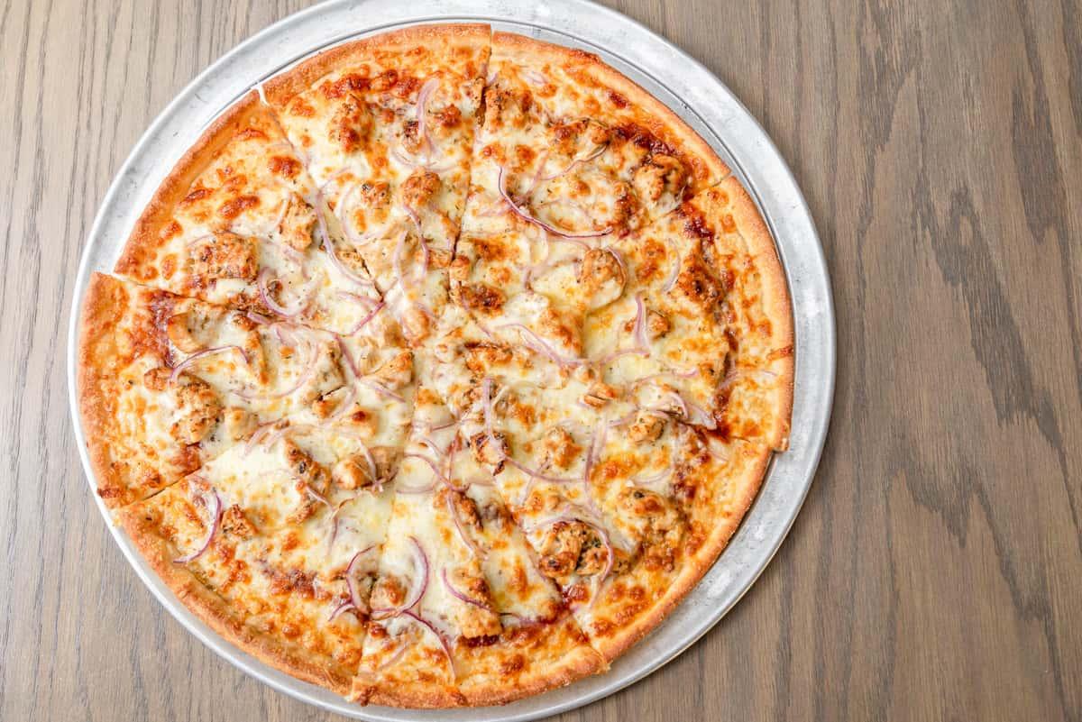 BBQ Chicken Pizza Large