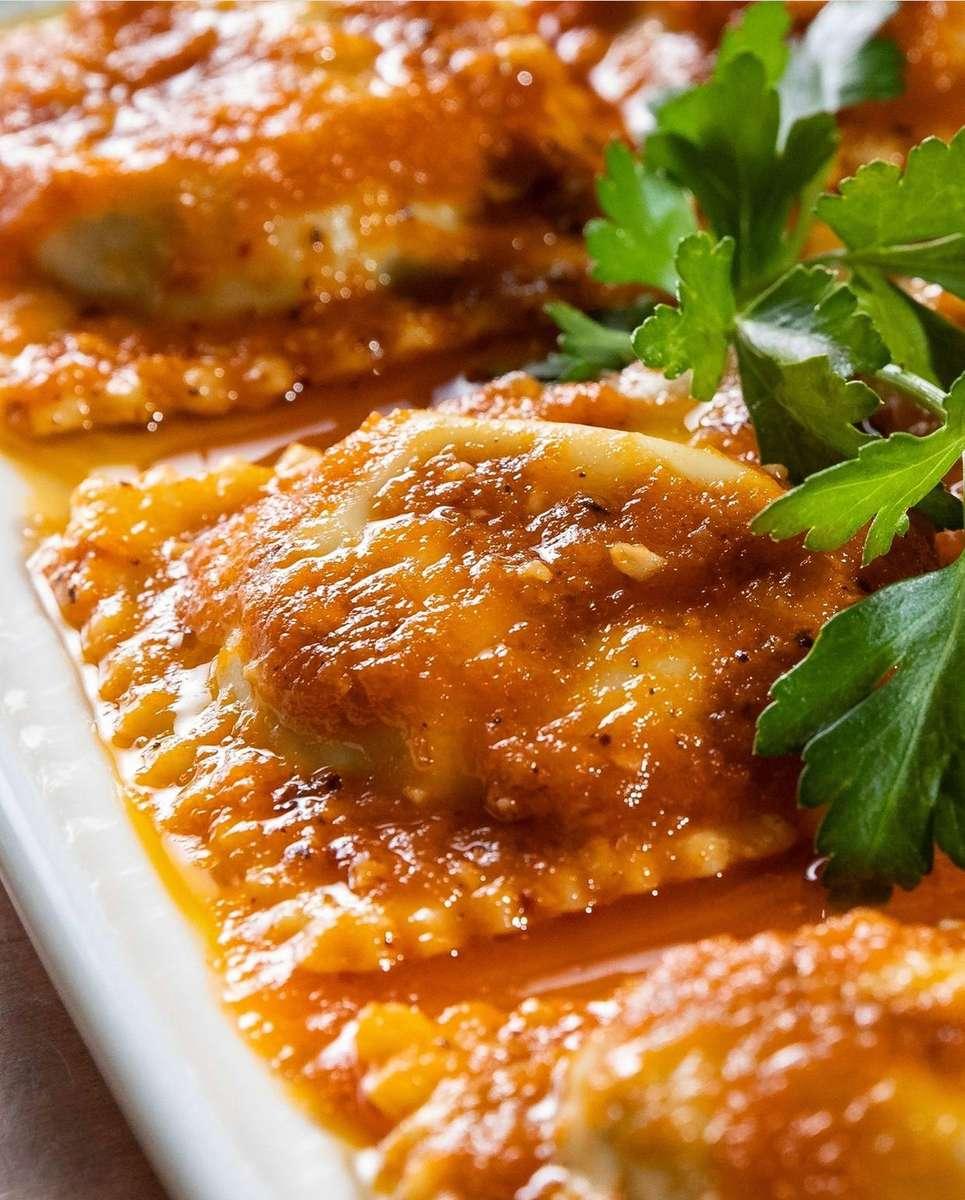 Ravioli di Ricotta & Spinaci con Pomodore