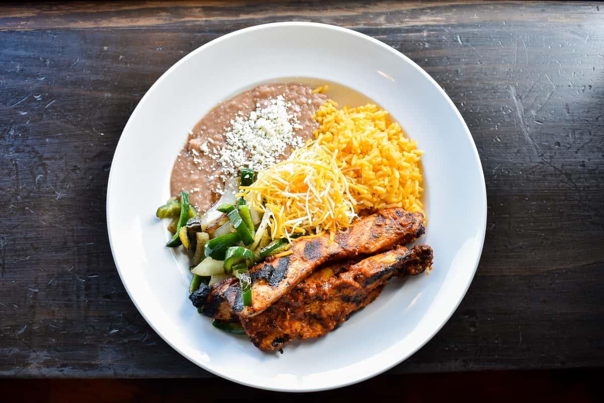 Spicy Chicken with Poblano & Onion Bowl/Burrito