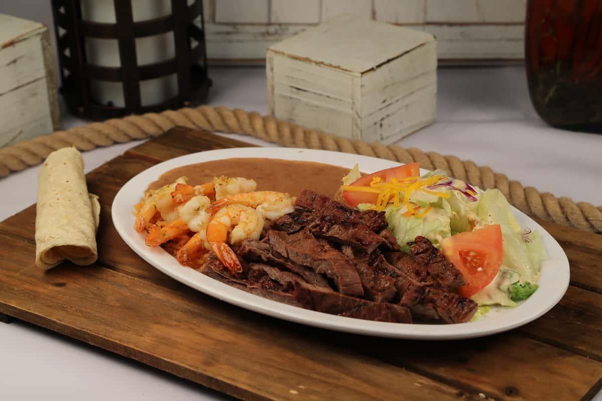 51. Carne Asada Con Camarones
