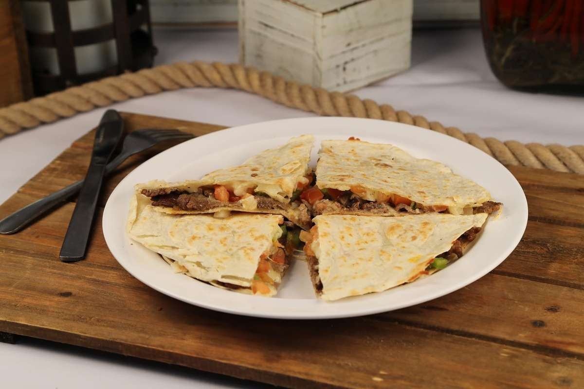 32. Quesadilla Sincronizada