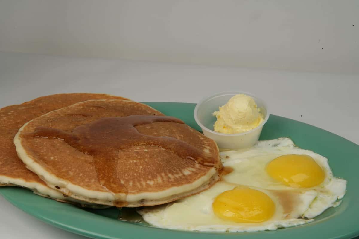 11V. Pancakes & Eggs