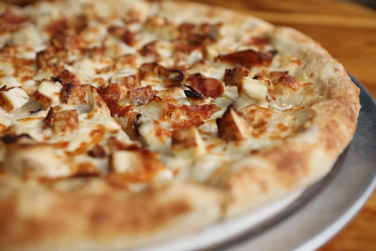 Grilled Chicken Alfredo Pizza